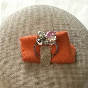 Jewelry - Multi-Crystals Flower Ring